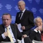 Recep Tayyip Erdogan, PM Turki, sebelum meninggalkan plenary session on the Middle East Peace pada the Annual Meeting of the World Economic Forum (WEF) di Davos, Switzerland (29/1/2009)