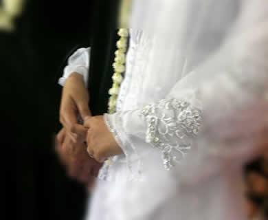 Apakah Boleh Menjilat Kelamin Istri atau Suami dalam Islam?, Ini Jawabannya