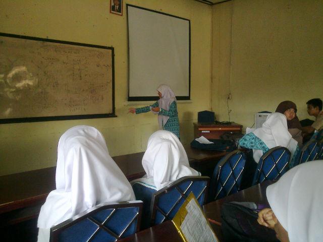 Sma Negeri 1 Padangpanjang Juara Cipta Dan Baca Puisi Fls2n